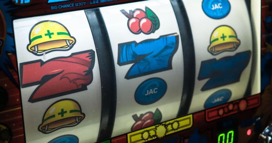 Hráči pokeru Cash Mountain Challenge Microgaming