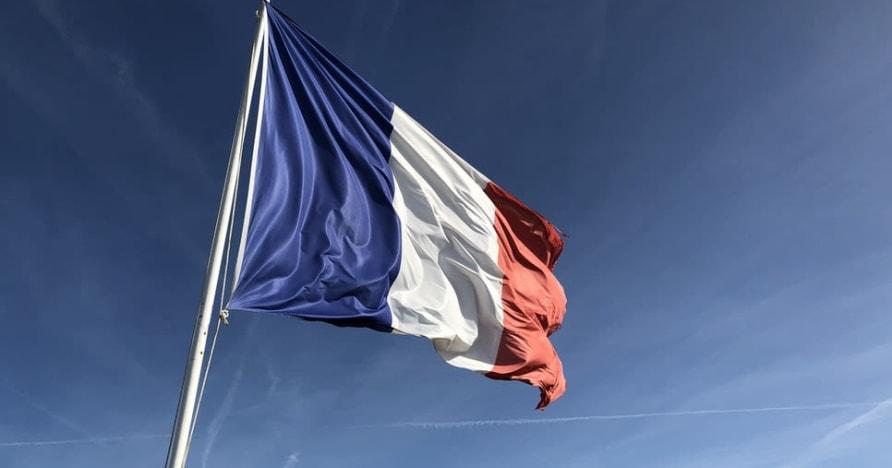 Hazardní hry ve Francii se zvyšují díky průjezdnímu kasinu Groupe Partouche