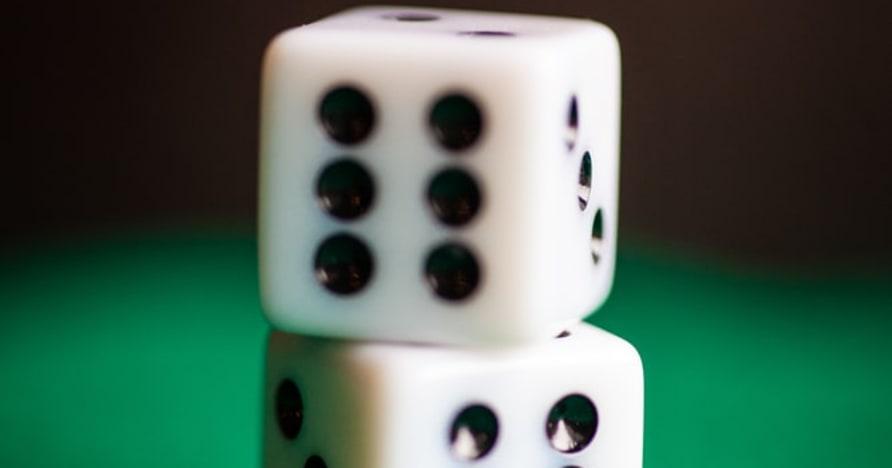 Recenze ke kostkám   Hrajte a vyhrávejte kostky online